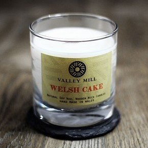 welsh cake soy wax wooden wick candle
