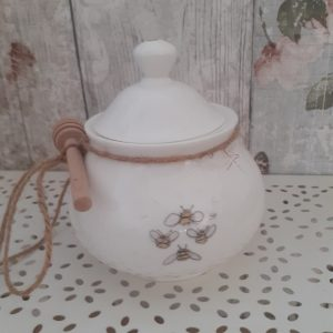 welsh connection honey pot with bees and wooden dipper