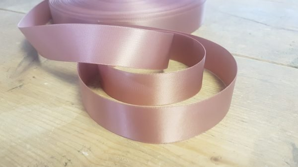 rose gold ribbon