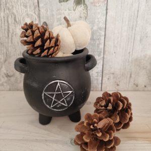 black pentagram cauldron pot